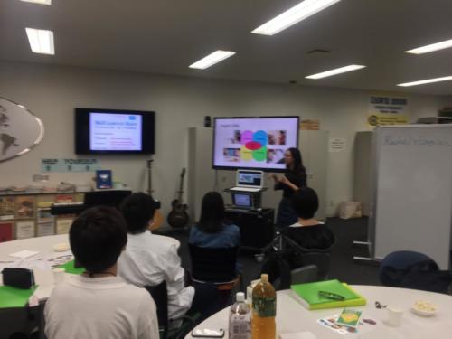 Natsumi presenting in speaking skills